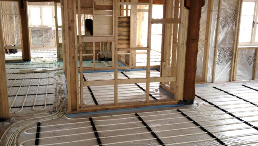 Gloucestershire Plumber installs underfloor heating 5